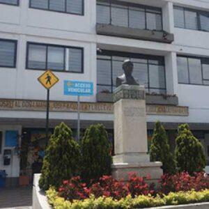 Ascensor para platos Hospital HOMI – Bogotá